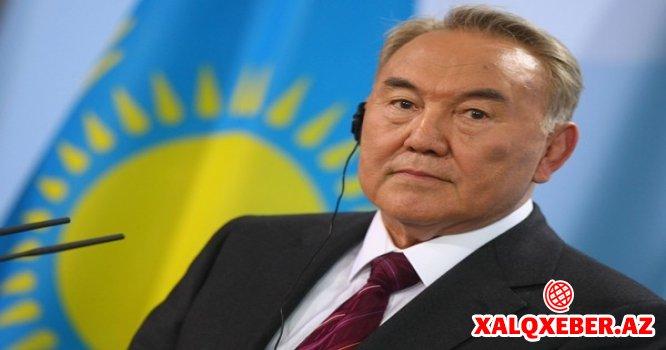 Qazaxıstan latın əlifbasına keçir - Nazarbayev sərəncam imzaladı