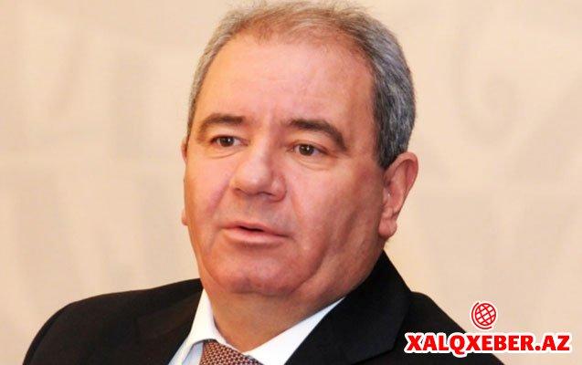 """""""Əli Abbasov bizi burda qoyub, özü kresloda oturur"""" - """"Rabitə işi"""""""