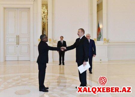 Prezident İlham Əliyev Sudan səfirinin etimadnaməsini qəbul edib - FOTO