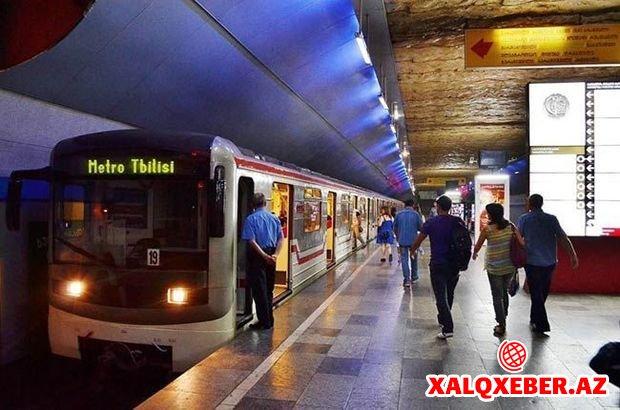 Tbilisi metrosunda tavan çökdü: Yaralılar var