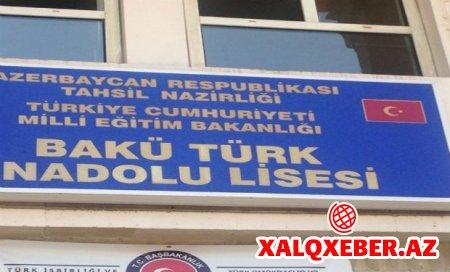 Bakıda türk liseyində direktor müavini şagirdi döydü - İş polisə düşdü