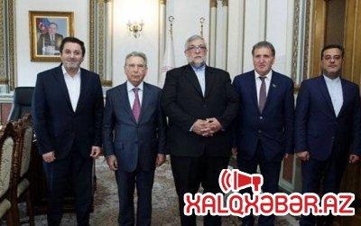 Ramiz Mehdiyev İran arxivlərinə maraq göstərir