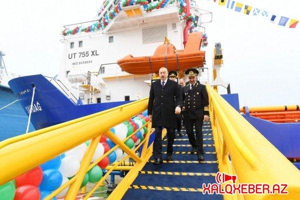 """İlham Əliyev """"Laçın"""" tankerinin istismara verilməsi mərasimində - FOTOLAR"""