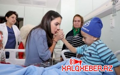 Leyla Əliyeva onkoloji xəstəlikdən əziyyət çəkən uşaqları ziyarət etdi