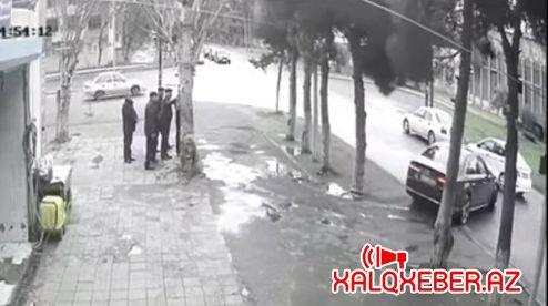Bakıda icra başçısı yol hərəkəti qaydalarını kobud şəkildə pozdu - VİDEO