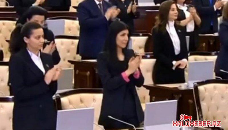 Prezidenti tək qoyan xarici dil bilən deputatların siyahısı…